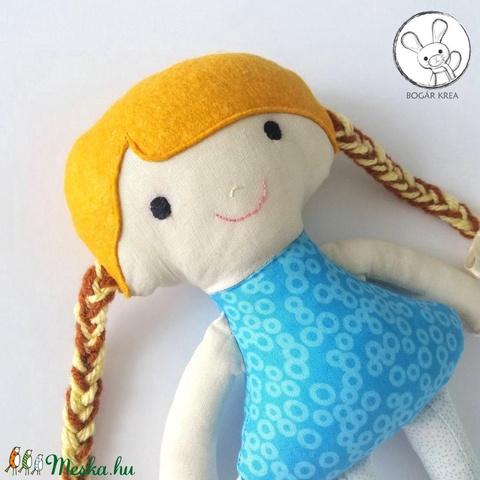 Nefelejcs baba + kabala szívecske - textil figura, puha baba, designer fejlesztő játék (boGarkrea) - Meska.hu