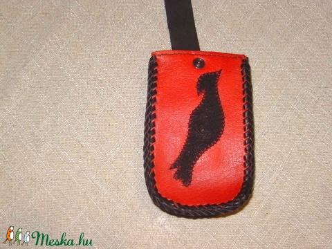 Klasszikus piros-fekete mobiltok - Meska.hu