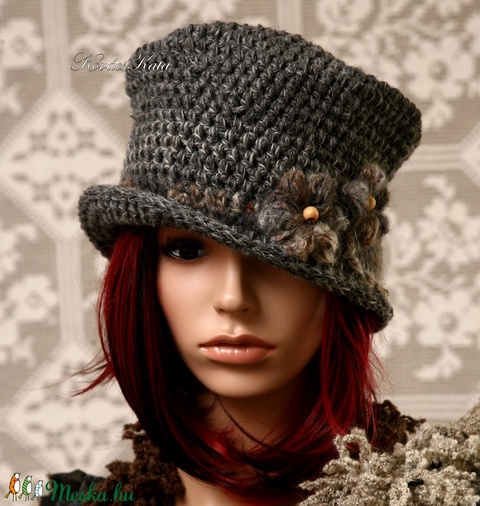 GEORGIA - gyapjúcilinder , horgolt design kalap (brokat) - Meska.hu