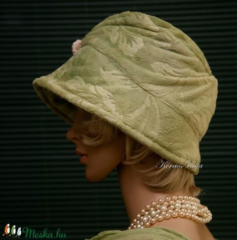 WELLSOFT cloche - flapper kalap/ almazöld (brokat) - Meska.hu