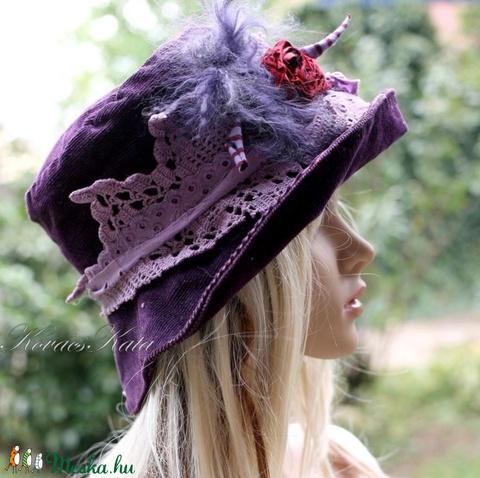 MIMI - vintage csipkés kordbársony kalap (brokat) - Meska.hu