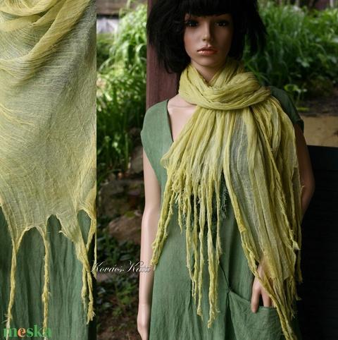 PIXY nimfa-stóla : banán-zöld gézsál (brokat) - Meska.hu
