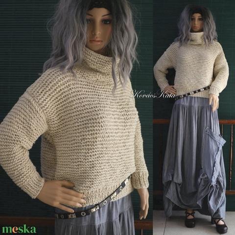 CHUNKY TEKNŐC / natúr - kézzel kötött vastag akril pulóver  (brokat) - Meska.hu