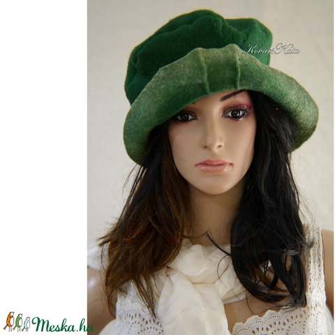 POLLY - design kalap / zöld filc (brokat) - Meska.hu