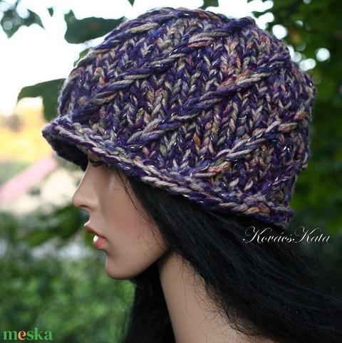 HILDA - kézzel kötött design kalap (brokat) - Meska.hu