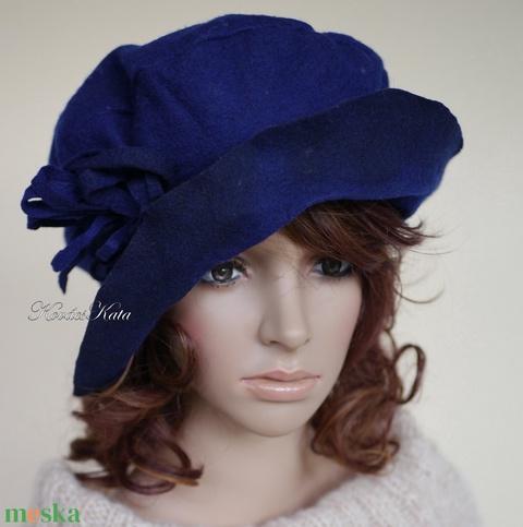 POLLY -  design  filc kalap / szilva (brokat) - Meska.hu