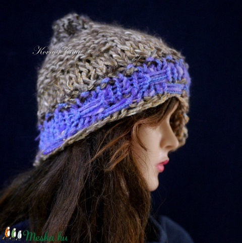CLOCHE-ART - extravagáns kézzel kötött kalap, sapka / barna-levendula (brokat) - Meska.hu