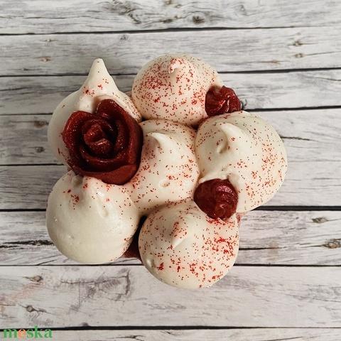 Kézműves organikus süti szappan - Rózsakert (CalypSoap) - Meska.hu
