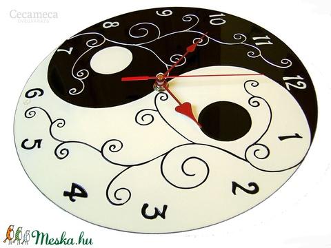 Yin-yang (jin-jang)  fekete-fehér falióra (cecameca) - Meska.hu