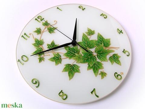 Zöld levél - borostyán falióra (cecameca) - Meska.hu