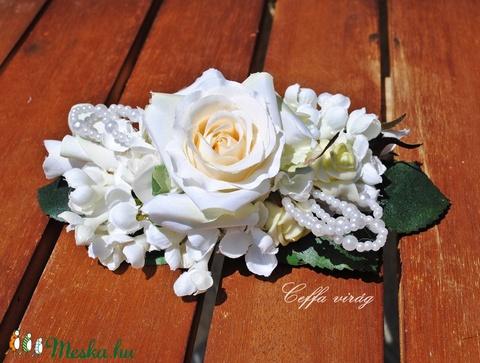 Gyöngyös, fehér rózsás francia csat - hajdísz (Ceffa) - Meska.hu