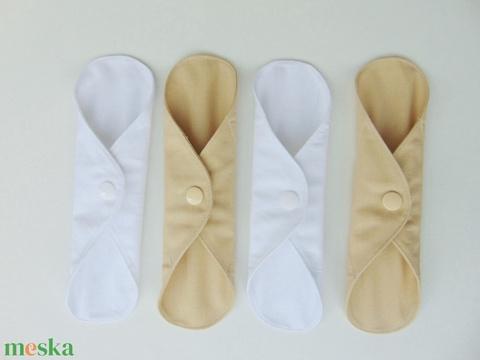 Tisztasági betét- bézs és fehér ( 4 db/ cs )mosható textil betét (ChristieHomemade) - Meska.hu