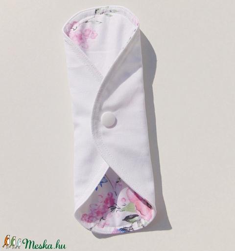 Tisztasági betét-  rózsaszín virág mintás ( 3 db/ cs )/ mosható textil betét (ChristieHomemade) - Meska.hu