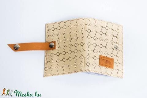 Perforated flowers - bankkártya tartó (Coquette) - Meska.hu