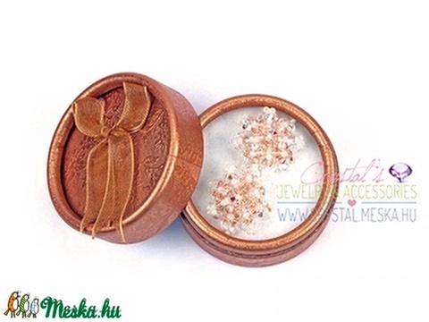 Hópihe Swarovski kristály fülbevaló (Light Peach AB) - Meska.hu