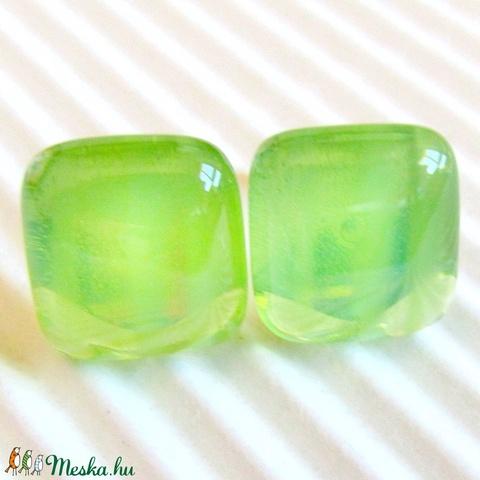 AKCIÓ! - Áttetsző fűzfalevél zöld kocka üveg fülbevaló, üvegékszer - ékszer - fülbevaló - pötty fülbevaló - Meska.hu