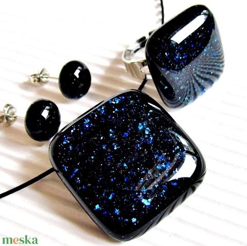 Csillagfényes éjszaka sötétkék üveg medál, gyűrű és fülbevaló orvosi fém alapon, üvegékszer szett - Meska.hu