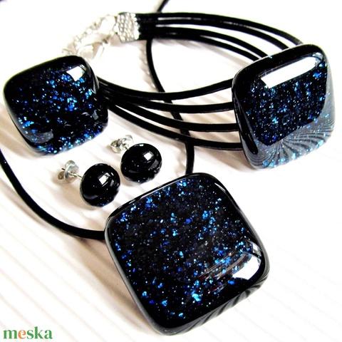 Csillagfényes éjszaka sötétkék üveg gyűrű és fülbevaló orvosi fém alapon, üvegékszer szett - Meska.hu