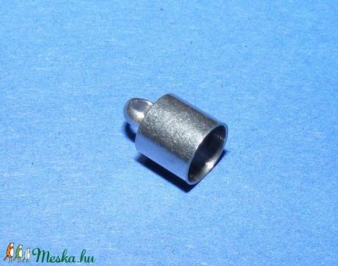 Nemesacél bőrvég (STAS-4 minta/1 db) - 10x6,5 mm - Meska.hu