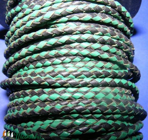 Fonott bőrszíj - 2,5 mm (14. minta/0,5 m) - fekete/zöld - Meska.hu