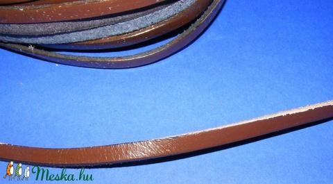 Lapos bőrszíj - 6x2,5 mm (9. minta/1 m) - sötétbarna - Meska.hu