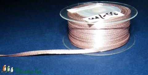 Szaténszalag (120. minta/1 m) - világosbarna - textil - Meska.hu