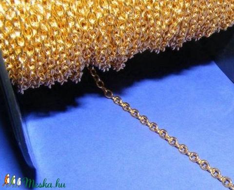 Arany színű lánc (3. minta/1 m) - 4x3x0,7 mm - Meska.hu