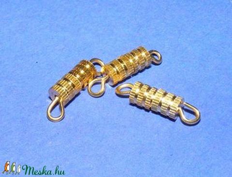 Csavaros kapocs (341/D minta/1 db) - 9x4 mm - Meska.hu