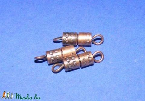 Csavaros kapocs (341/F minta/1 db) - 9x4 mm - Meska.hu