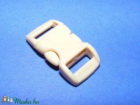 Műanyag kapocs-11 (10 mm/1 db) - drapp - Meska.hu