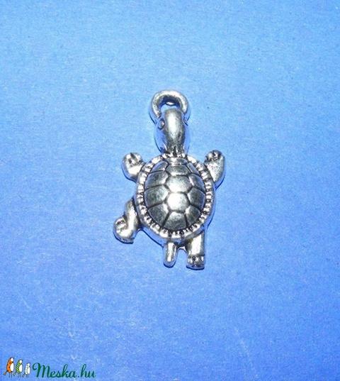 Medál (687. minta/1 db) - teknős - Meska.hu