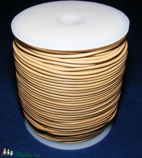Hasított bőrszíj - 2 mm (23. minta/1 m) - homok - Meska.hu