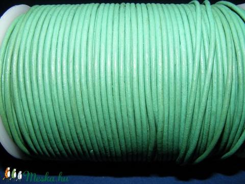 Hasított bőrszíj - 2 mm (25. minta/1 m) - zöld (AKCIÓS) - Meska.hu