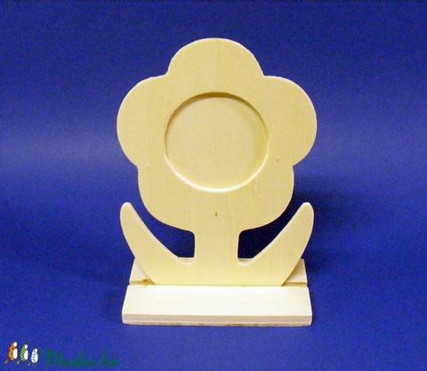 Fa asztali fényképtartó (15,9x11 cm/1 db) - margarétás - Meska.hu