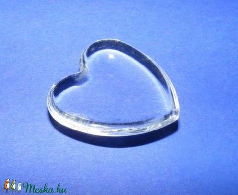 Üveglencse - 25 mm (919. minta/1 db) - szív - Meska.hu