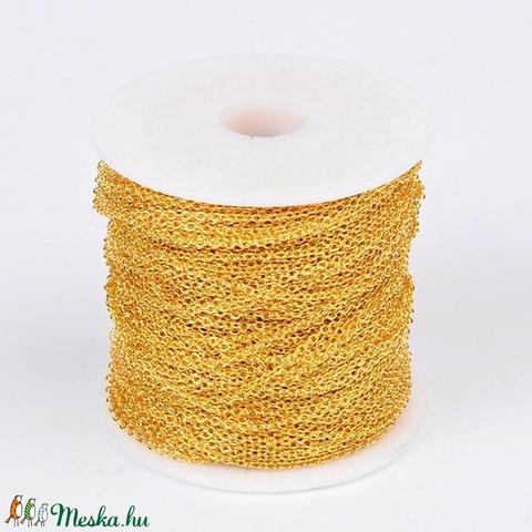 Arany színű lánc (43. minta - színtartó/1 m) - 2x1,5x0,5 mm - gyöngy, ékszerkellék - Meska.hu