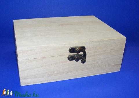 Csatos fadoboz (15x10,5x5,5 cm/1 db) - közepes - Meska.hu