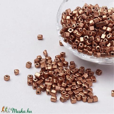Szögletes gyöngy (14. minta/15 g) - metál bronz - gyöngy, ékszerkellék - Meska.hu