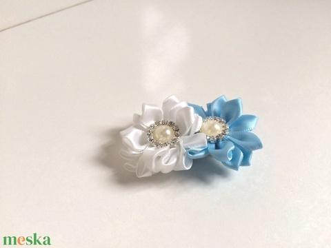 Kék-fehér dupla virágos hajcsat (RibbonLove) - Meska.hu
