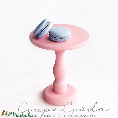 Puncs színű tortatál, kínáló - kérhető koptatott, rusztikus stílusban is - Meska.hu