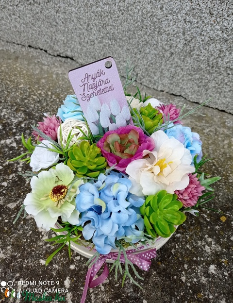 Virágdoboz, virágbox (akár anyák napjára) - Meska.hu