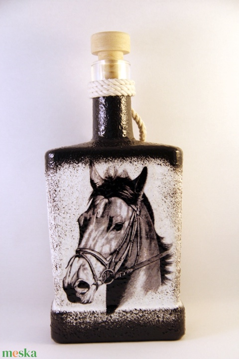 Ló motívummal díszített dugós  pálinkás üveg ( 0,5 l )  - otthon & lakás - dekoráció - díszüveg - Meska.hu