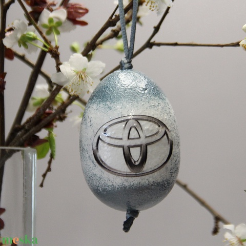 TOYOTA húsvéti tojás ; Ajándék TOYOTA rajongók részére világos - Meska.hu
