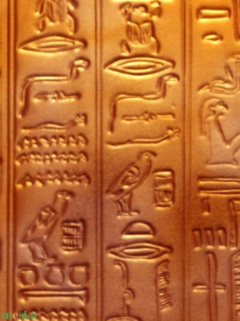 Hieroglifás dobozka = - Meska.hu