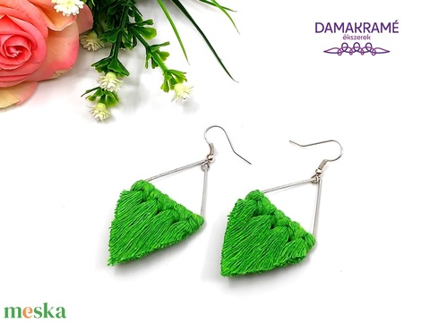 Lustre makramé fülbevaló - zöld (DombiAnita) - Meska.hu
