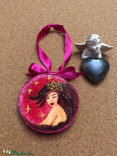 Csillag hercegnő (Dorchydea) - Meska.hu