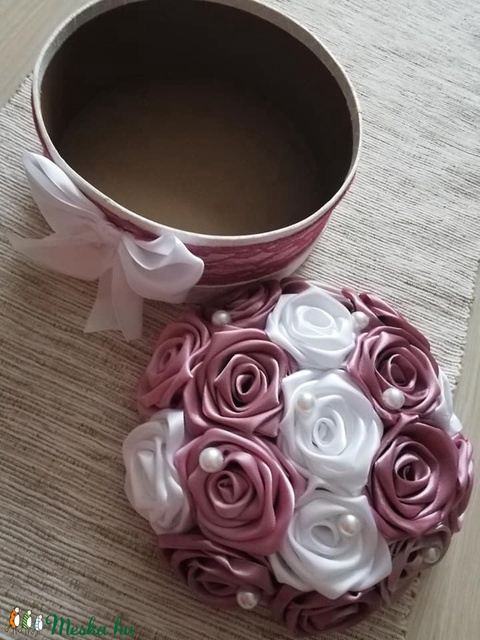 Selyemvirág doboz (dreschereva) - Meska.hu