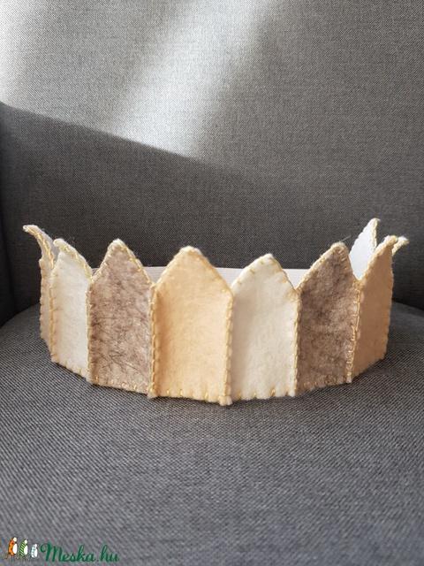 Filc korona beige (ebihar) - Meska.hu