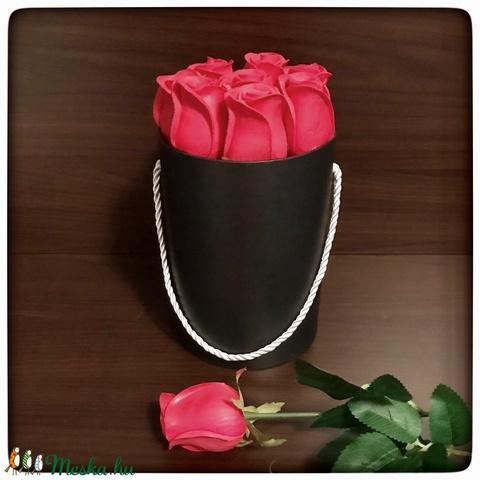 Virágdoboz rózsálkkal (Elitdecor) - Meska.hu