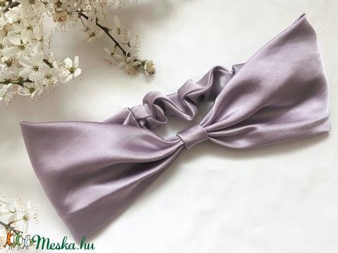 Levendula színű szatén hajpánt újrahasznosított anyagból - Meska.hu
